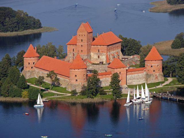Тракайский замок в Вильнюсе