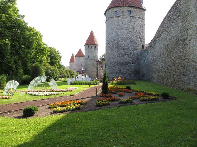 Башенная площадь Старого Таллина