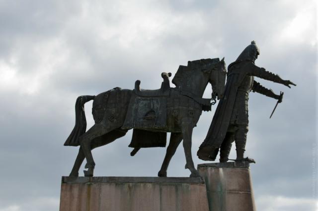 Памятник Гедиминаса в Вильнюсе