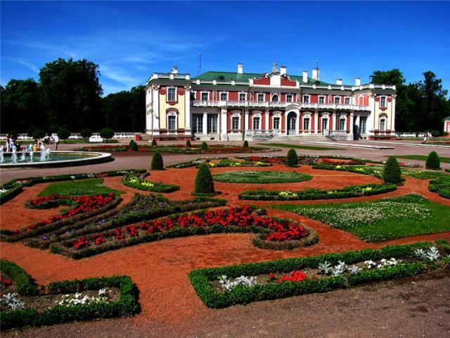 Парк и дворец Кадриорг в Таллине