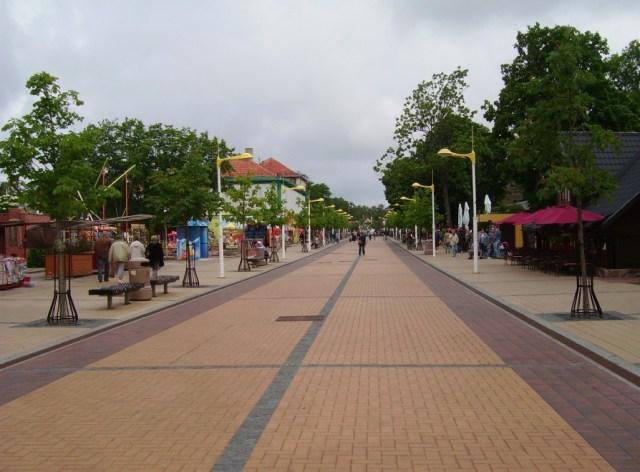 Центральная улица Паланги