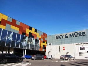 Торговый центр Риги Sky&Mor